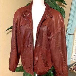 Vintage EUC Etienne Aigner leather bomber jacket